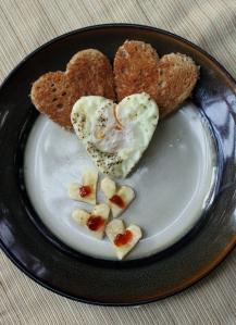 DIY Heart Eggs and Toast6
