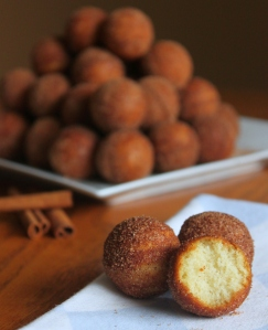 Cinnamon Sugar Donut Holes3